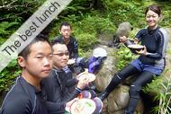 西表島・アダナデの滝カヌー&シャワートレッキングツアー「わくわくランチ」
